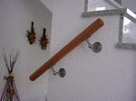 Holzhandlauf mit Edelstahlhalter